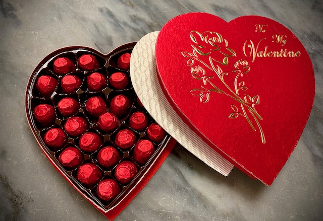 O'Shea's Heart Box Of Milk Chocolate Foiled Cherries